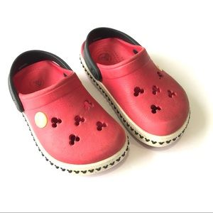 CROCS Toddler Red Mickey Mouse Classic Shoes